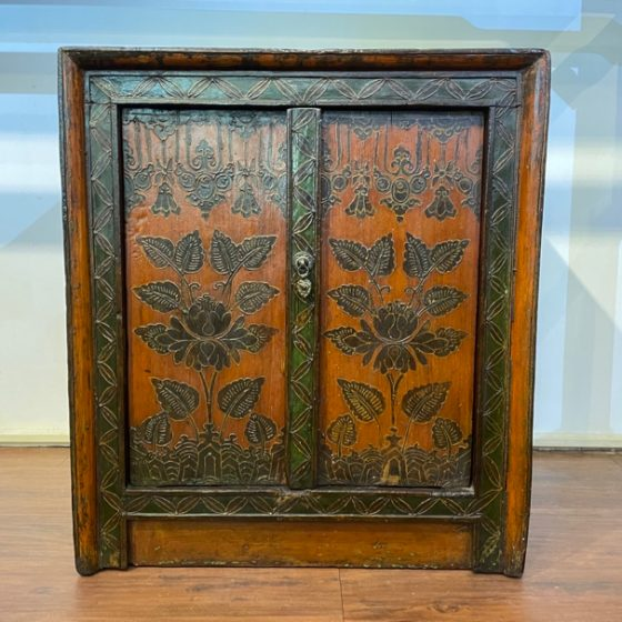 BW Small Painted Cabinet 1