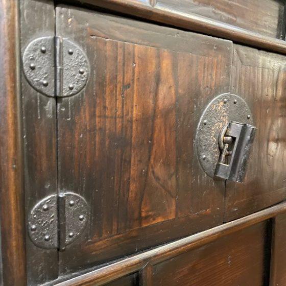 cabinet - 4